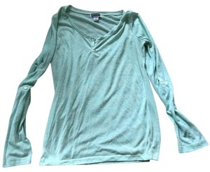 Roxy T Shirt green with blue detail in stitch