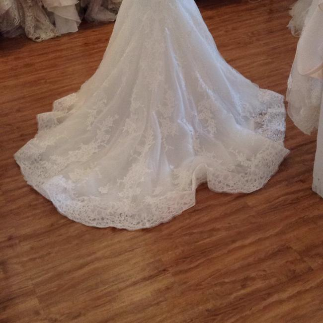 Maggie Sottero Ivory Lace 5mb657 Formal Wedding Dress Size 8 (M) Maggie Sottero Ivory Lace 5mb657 Formal Wedding Dress Size 8 (M) Image 1