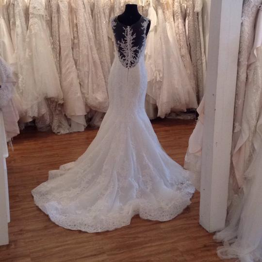 Maggie Sottero Ivory Lace 5mb657 Formal Wedding Dress Size 8 (M) Image 1