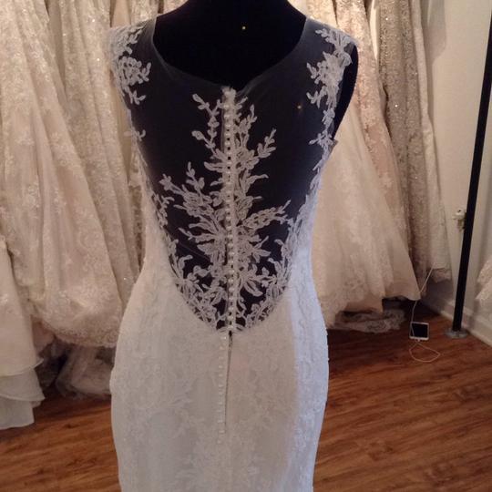 Maggie Sottero Ivory Lace 5mb657 Formal Wedding Dress Size 8 (M) Image 2