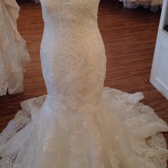 Maggie Sottero Ivory Lace 5mb657 Formal Wedding Dress Size 8 (M) Image 4