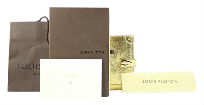 Louis Vuitton Gold Suhali Leather Partnenaire Agenda 215811 Louis Vuitton Gold Suhali Leather Partnenaire Agenda 215811 Image 1