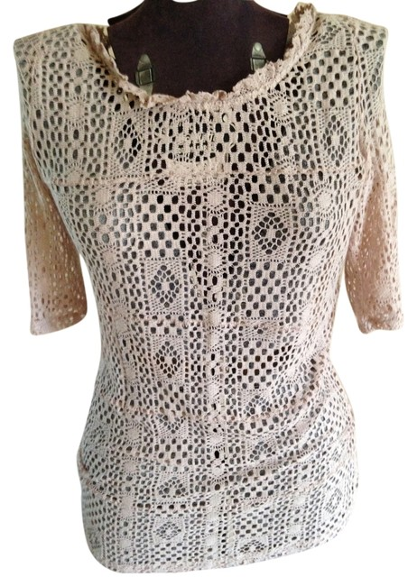 Preload https://item3.tradesy.com/images/free-people-lace-tunic-blush-2116007-0-0.jpg?width=400&height=650