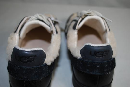 UGG Australia Leather/Wool Exposed Fur Molded Pu Insole Treadlite Sole Lace Up Black Flats Image 9