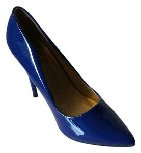 Makers Blue Pumps