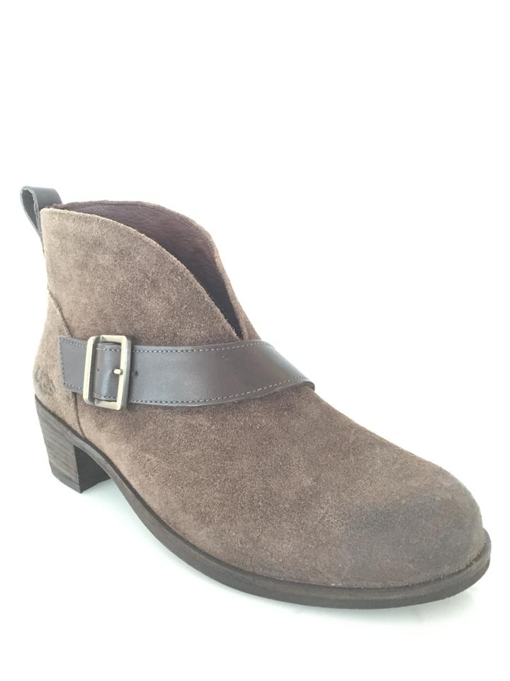 eb5d3bb940b UGG Australia Brown Wright Belted Ankle Boots/Booties Size US 6.5 Regular  (M, B) 45% off retail