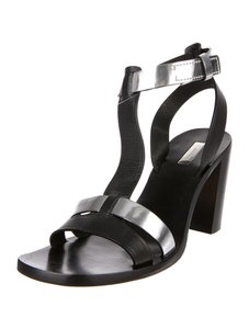 Calvin Klein Collection T-strap Heel Mod 90s Stacked Heel Black & Silver Sandals