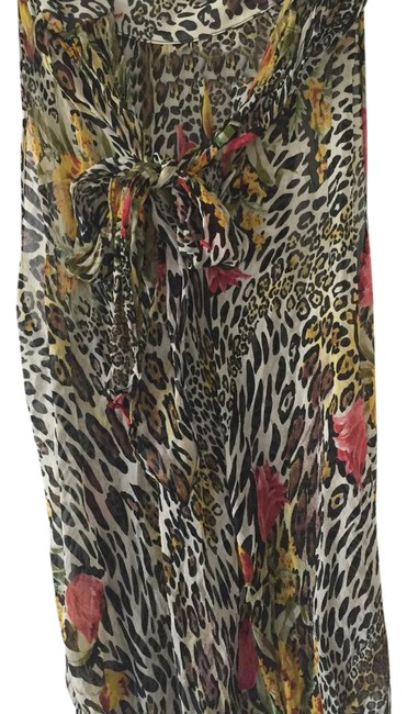 Preload https://img-static.tradesy.com/item/21160948/multicolor-animal-print-sleevless-blouse-size-8-m-0-1-650-650.jpg