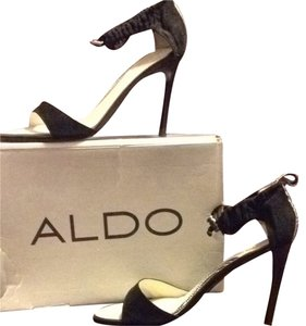 Aldo Black/White Pumps