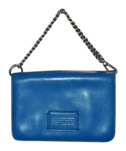 Marc by Marc Jacobs Bloomingdale's Exclusive Cris Chain Smartphone Wallet $198 Neptune Blu