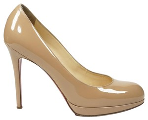Christian Louboutin 39 Patent Leather Round Toe Simple New Nude Pumps