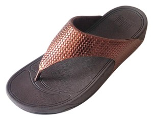 FitFlop Thong Woven Leather Bronze Sandals