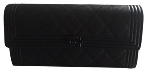 Chanel Chanel So Black Le Boy wallet