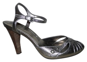 Nine West Leather Studded pewter Sandals