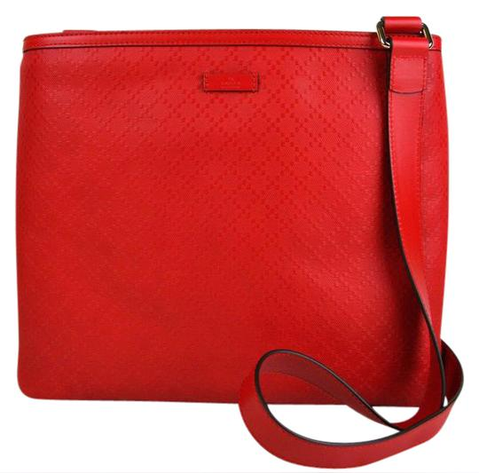 Preload https://img-static.tradesy.com/item/21165457/gucci-hilary-lux-diamante-201446-6523-red-leather-messenger-bag-0-1-540-540.jpg