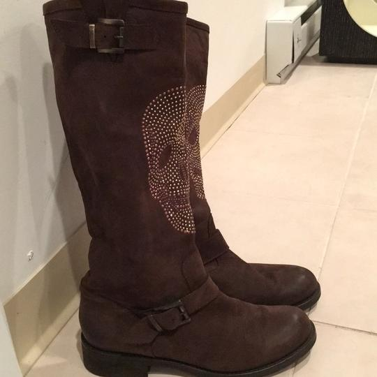 Skull Rhinestones Knee High Brown Leather Boots Size 37 Or 6 1/2 US. Buckle On Top And Rhinestones Skull On Front. Like New Worn A Couple Of Times. Bought In Paris. brown Boots