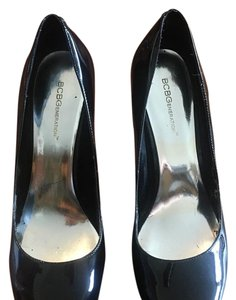 BCBGeneration Black Pumps