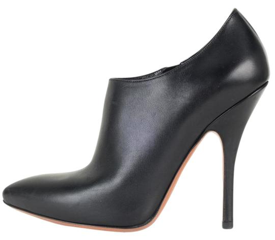 Preload https://img-static.tradesy.com/item/21166173/alaia-black-leather-pointed-toe-ankle-bootsbooties-size-us-8-regular-m-b-0-1-540-540.jpg