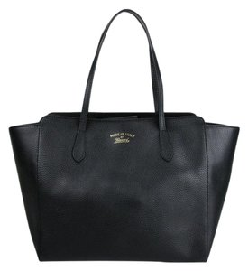 Gucci Leather Large Swing Tote in Black