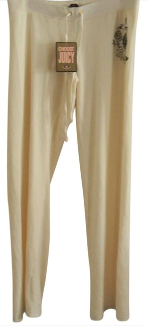 Preload https://img-static.tradesy.com/item/21166420/juicy-couture-ivory-graphic-signatute-velour-lounge-athletic-shorts-size-12-l-32-33-0-1-650-650.jpg