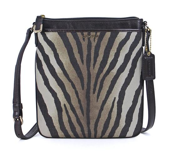 Preload https://img-static.tradesy.com/item/21166433/coach-swingpack-madison-print-zebra-fabric-leather-cross-body-bag-0-1-540-540.jpg