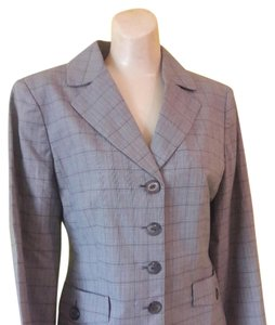 Jones New York Lined Of Classic Light Weight Tan, Rose, Brown Plaid Blazer