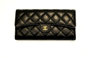 Chanel New Lambskin quilted gusset wallet