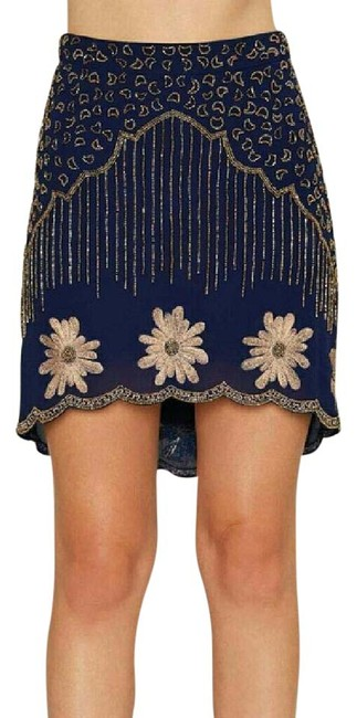 Preload https://img-static.tradesy.com/item/21166567/nasty-gal-blue-collection-bead-your-love-scalloped-size-4-s-27-0-1-650-650.jpg