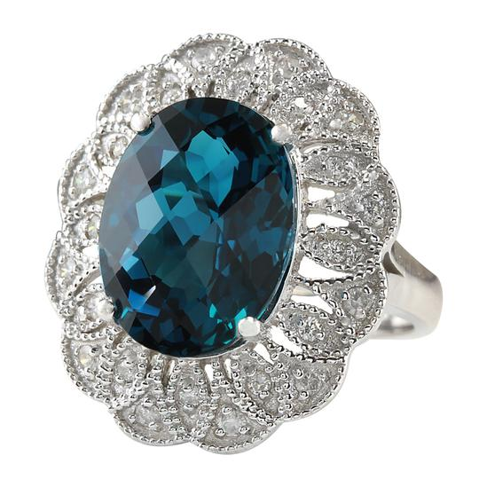 Fashion Strada 11.45 Carat Natural Topaz 14K White Gold Diamond Ring