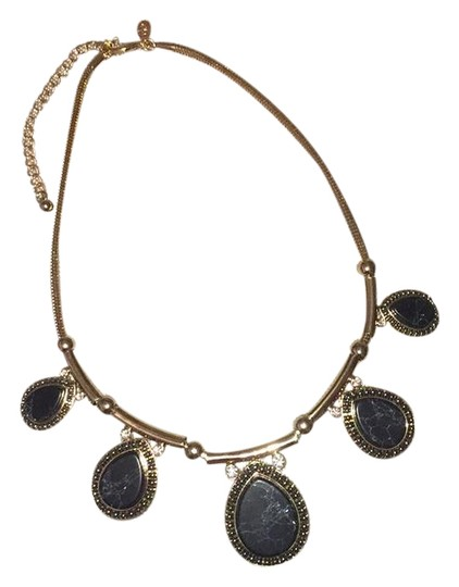 Preload https://img-static.tradesy.com/item/21167167/joan-rivers-gold-black-crystals-classic-collection-necklace-0-1-540-540.jpg