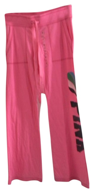 Preload https://img-static.tradesy.com/item/21167248/victoria-s-secret-pink-balloon-graphics-love-lounge-sp-relaxed-fit-pants-size-6-s-28-0-1-650-650.jpg