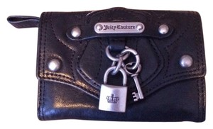 Juicy Couture Juicy Couture Key & Lock Small Black Leather Wallet