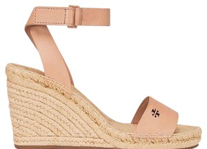 Tory Burch Make up nude Wedges