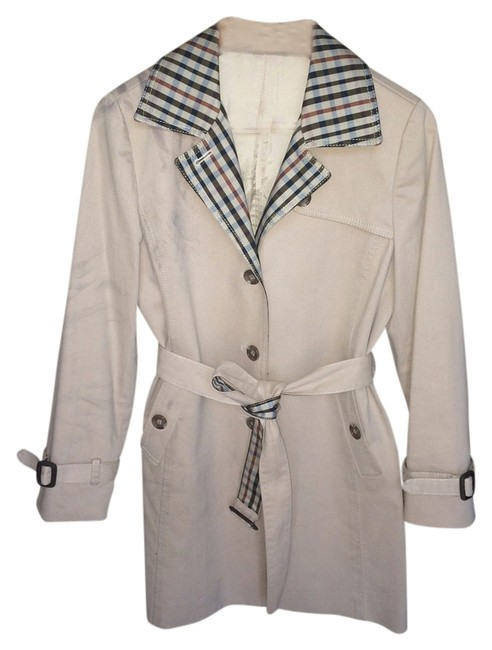 Preload https://img-static.tradesy.com/item/2116887/beige-vintage-classic-english-check-burberry-style-coat-size-4-s-0-0-650-650.jpg