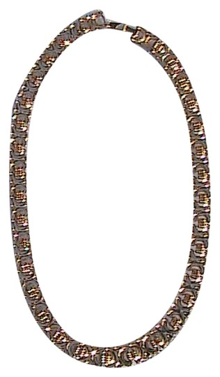 Preload https://item2.tradesy.com/images/gold-tone-classy-necklace-2116911-0-0.jpg?width=440&height=440