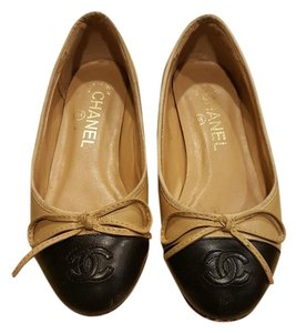 Chanel Black and camel Flats