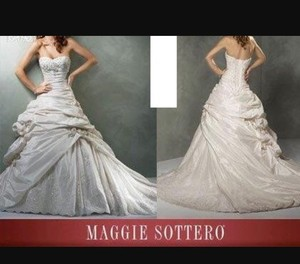 Maggie Sottero Maggie Sottoro Sabelle Wedding Gown Wedding Dress