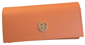 Tory Burch new sunglasses pouch