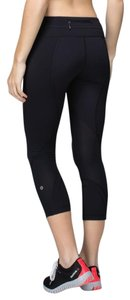 Lululemon NEW!!! RUN - INSPIRE CROP II