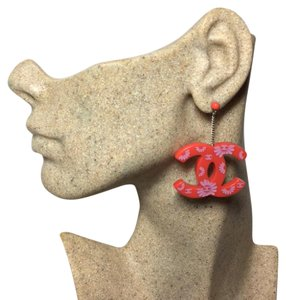 Chanel Authentic CC Emblem CHANEL Coral Red Lucite Flower Earrings Pierced