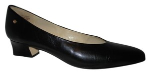 Etienne Aigner Vintage Leather black Pumps