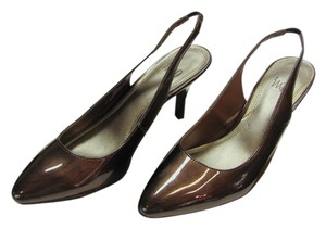 Impo New Size 7.50 M Excellent Condition Brown Pumps