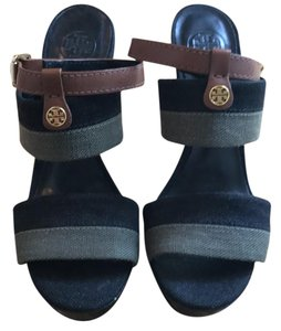 Tory Burch black with hunter green Platforms