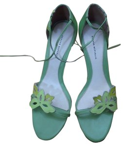 b7925c35b5 Women's Green Banana Republic Shoes
