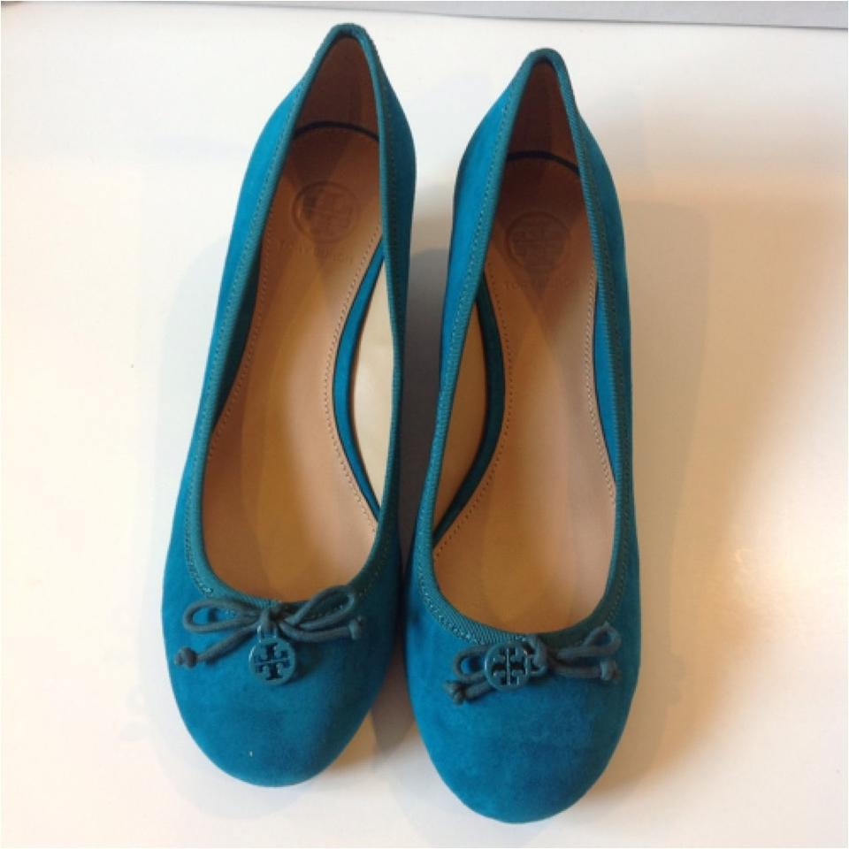 89962be7100 tory burch turquoise suede chelsea wedges size us 7.5 regular (m