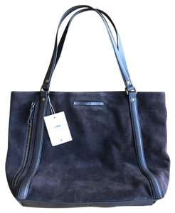 UGG Australia Ugg Suede Tote in Chocolate