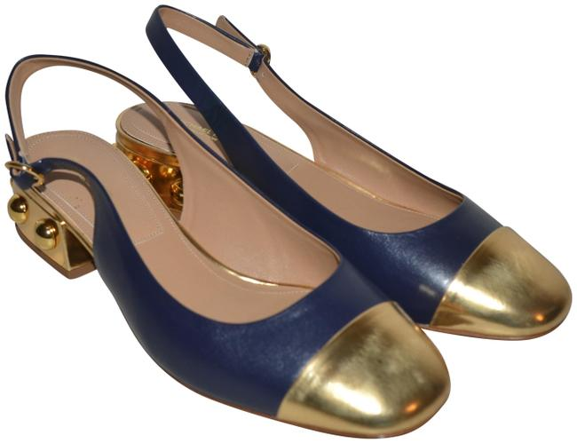 Item - Navy Gold Two with Studded Heel Pumps Size EU 39 (Approx. US 9) Regular (M, B)