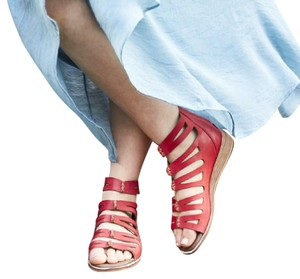Gee WaWa Mexican Bohemian Strappy Red Sandals