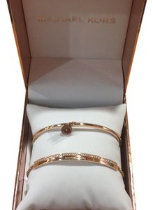 Michael Kors Pave Rose Gold-Tone Bangle / Style # MKJ6509
