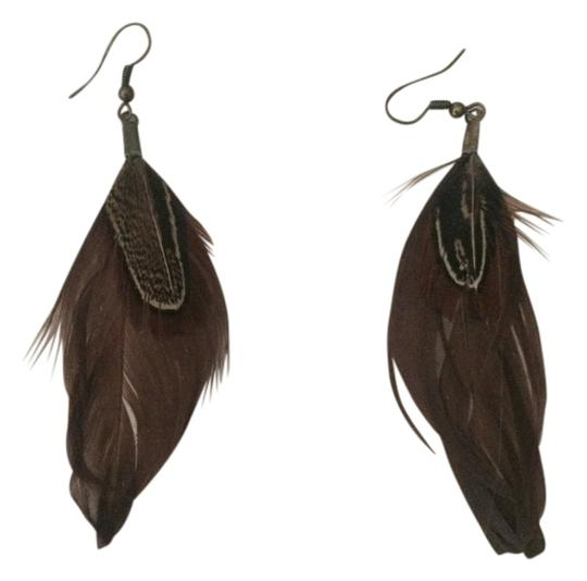 Other feather earrings